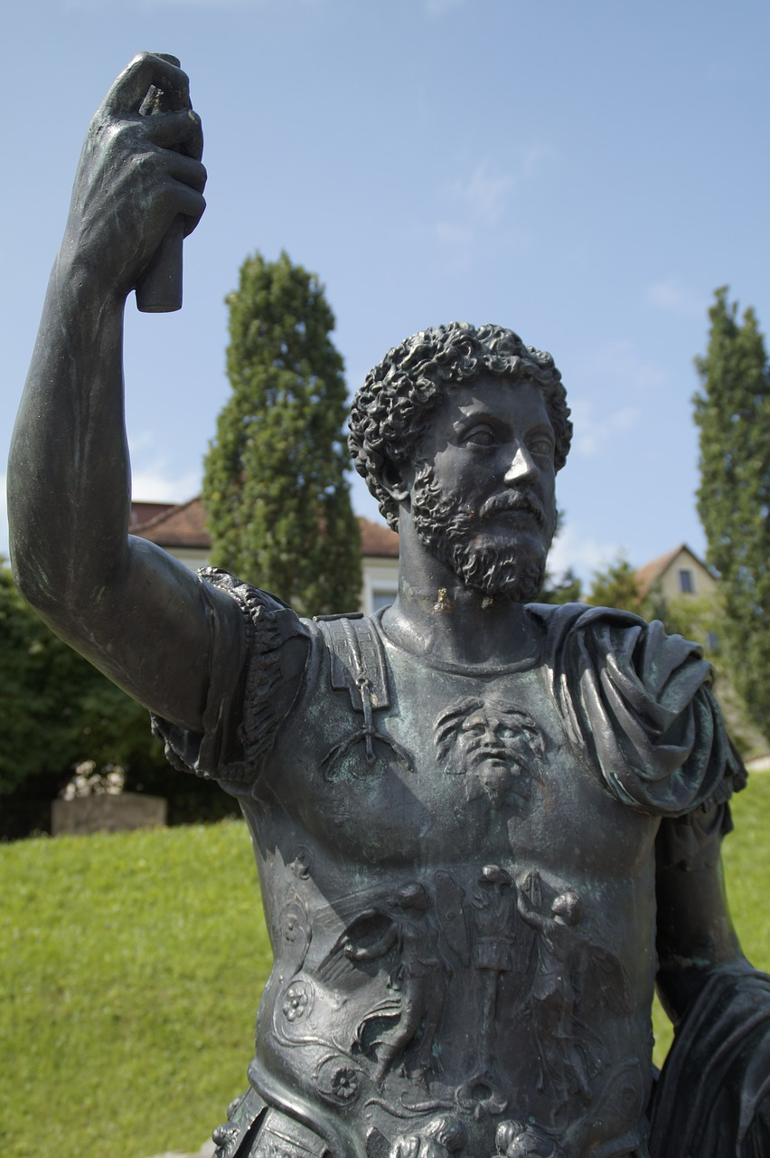 aalen,lime museum,ala flavia,flag carrier,statue,man,romans,roman soldier,antiquity,human,sculpture,legionnaire,fighter,flag-sanctuary,sanctuary,free pictures, free photos, free images, royalty free, free illustrations