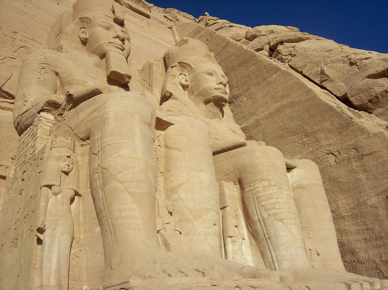 abu simbel temple egypt free photo