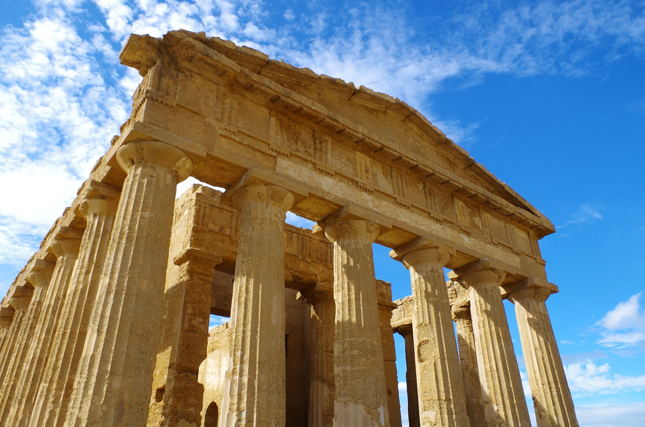agrigento valley of the temples zeus free photo