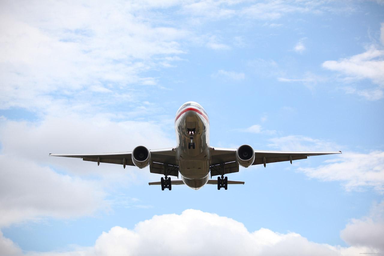 Airplane,landing,airport,business,airplane landing - free image from needpix.com