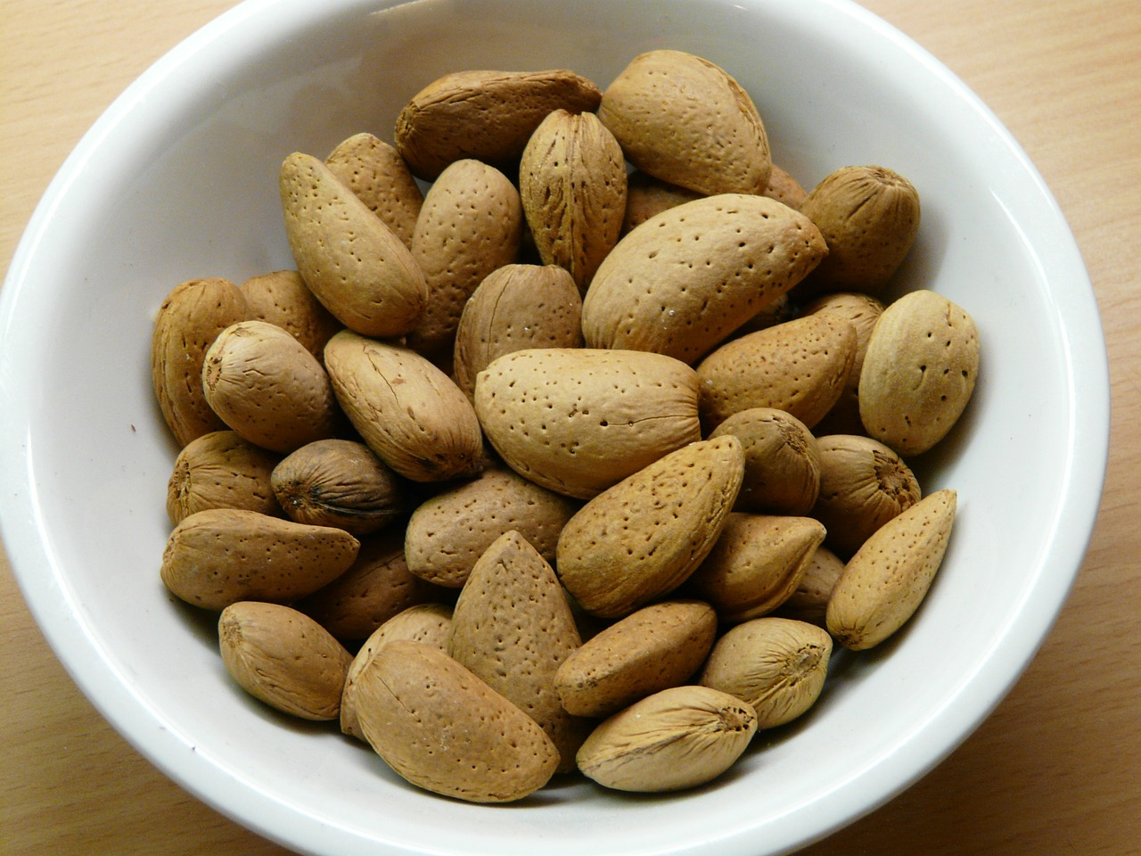 almonds,nuts,shell,food,almond bowl,free pictures, free photos, free images, royalty free, free illustrations, public domain