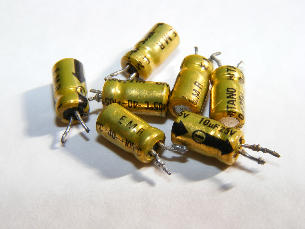 aluminum cap capacitors free photo