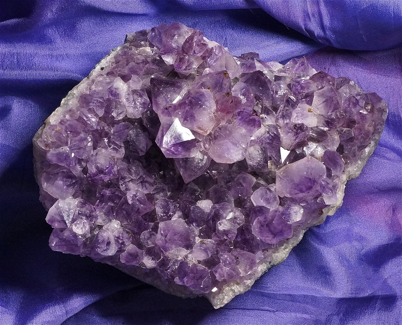 amethyst cluster quartz amethyst free photo