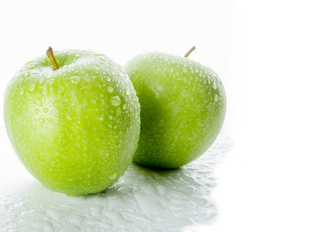 apple healthy fruit free photo