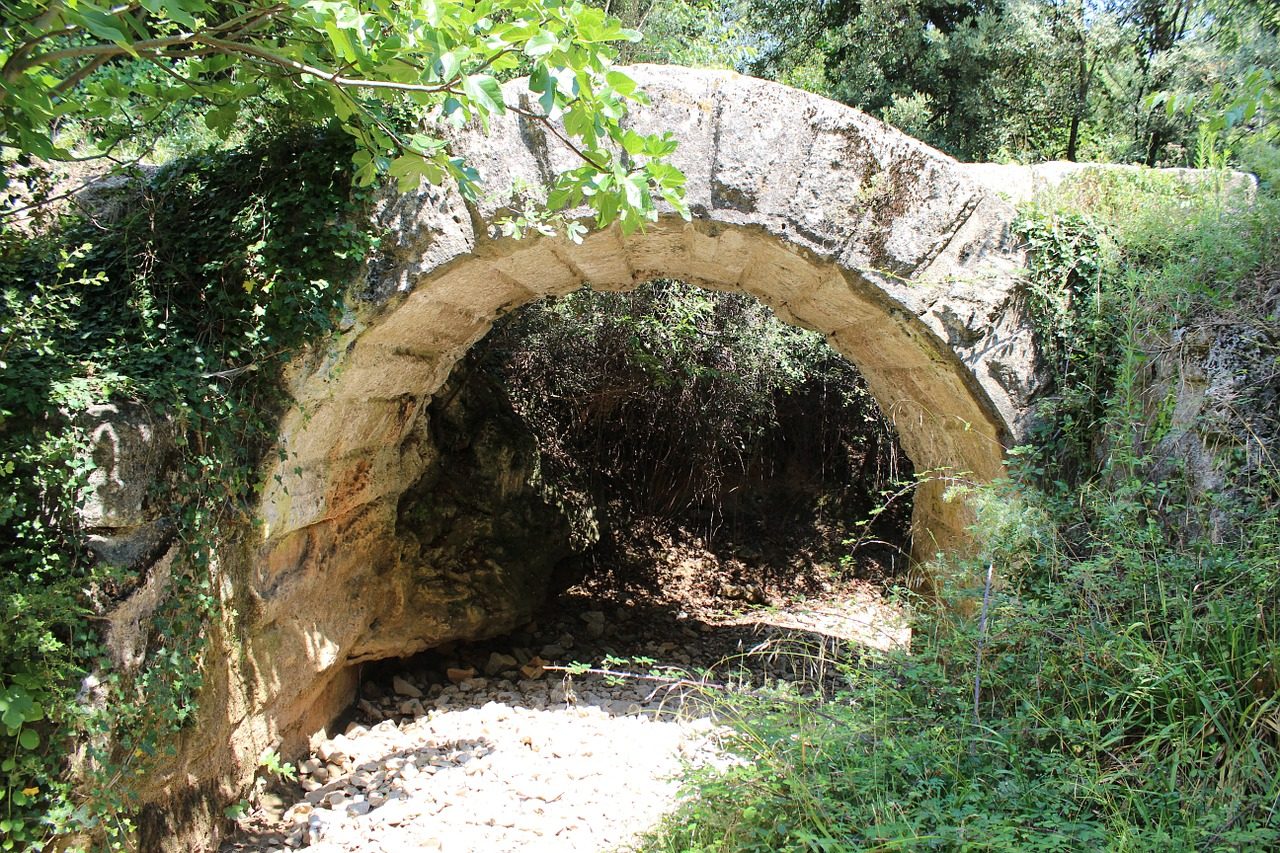 aqueduct nimes antique free photo