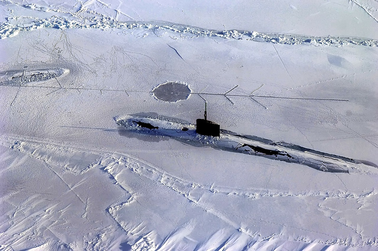 arctic ocean submarine free photo