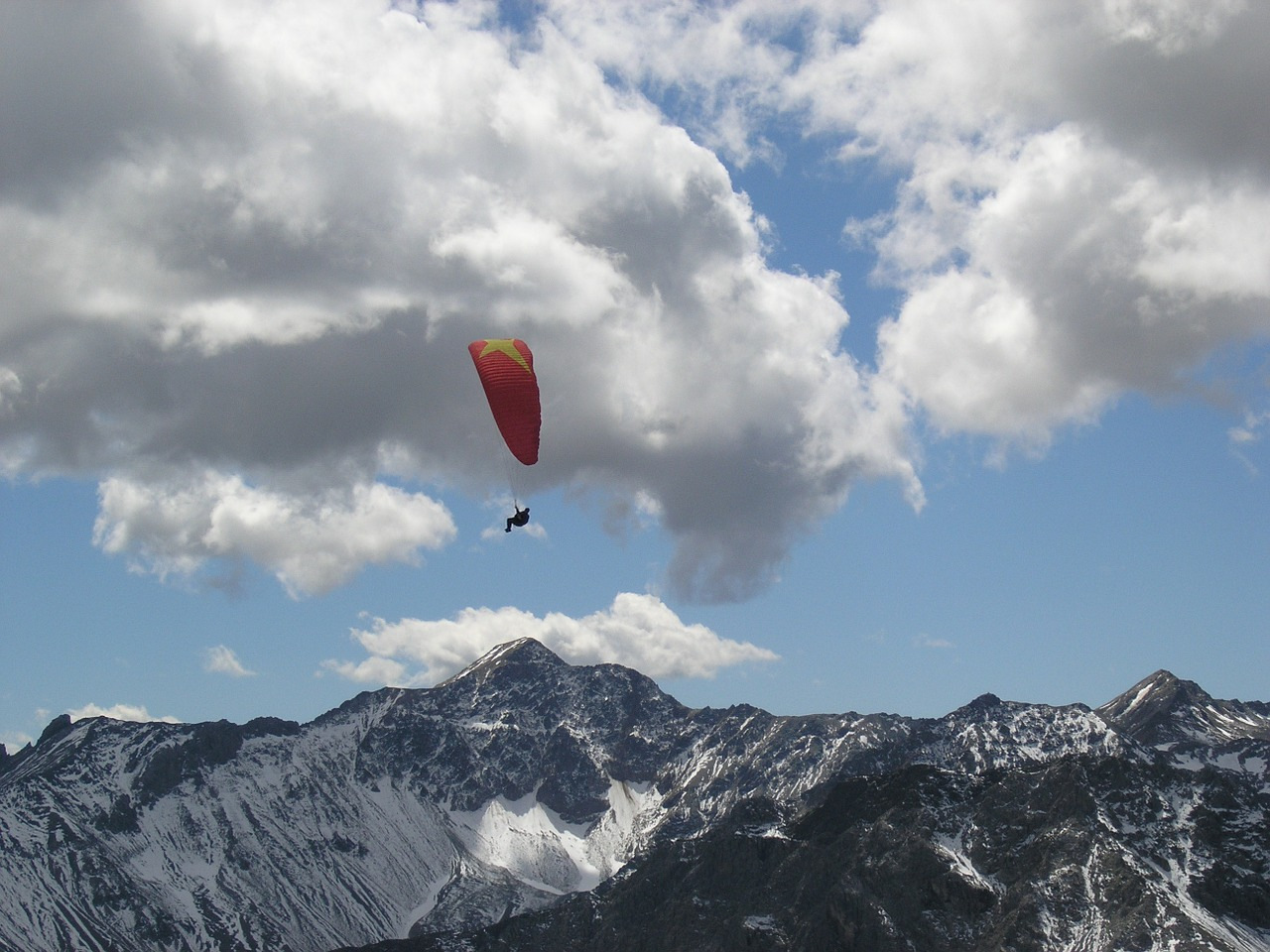 arosa paragliders glide glider switzerland free photo