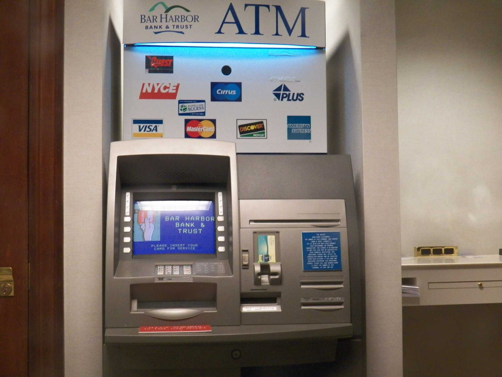 Atm machine,atm,money,change,bills - free image from needpix.com