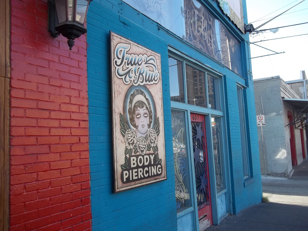 Austin,texas,downtown,sixth street,red river street - free photo ...
