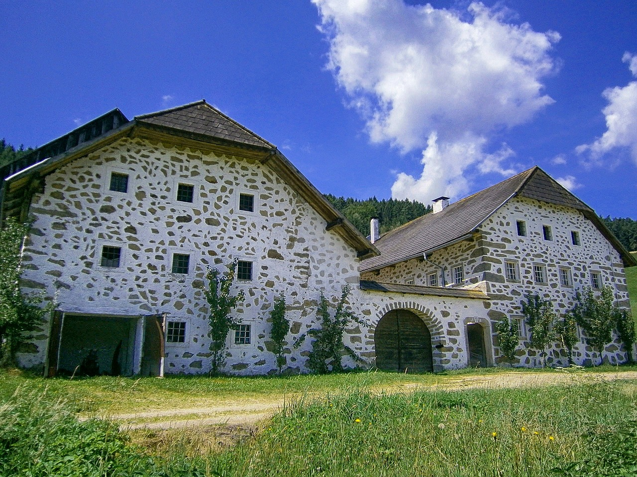 austria buildings barn free photo