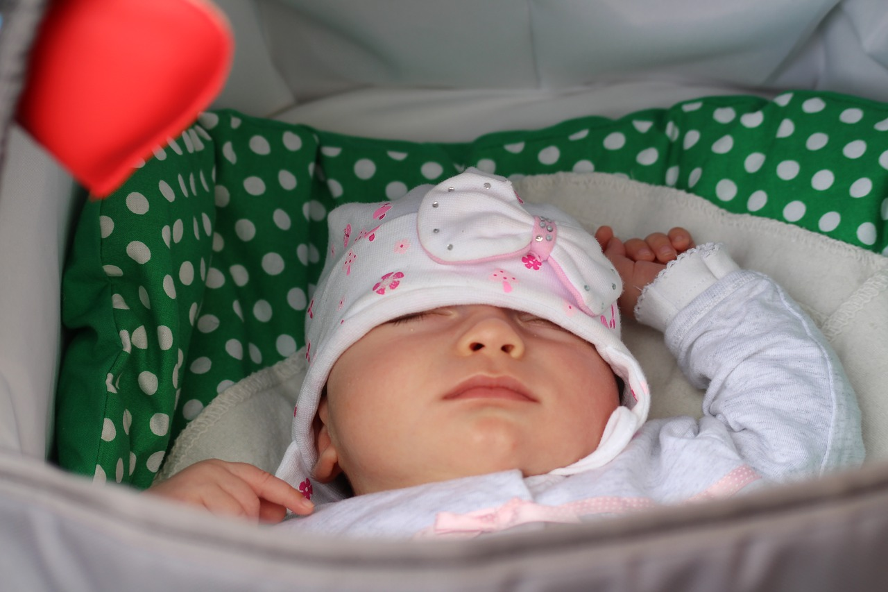 baby,baby girl,cute,sleeping,young - free photo from needpix