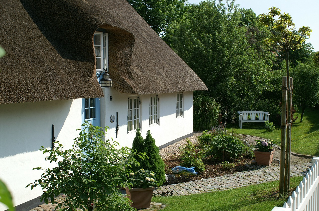 bargum thatched roof nordfriesland free photo