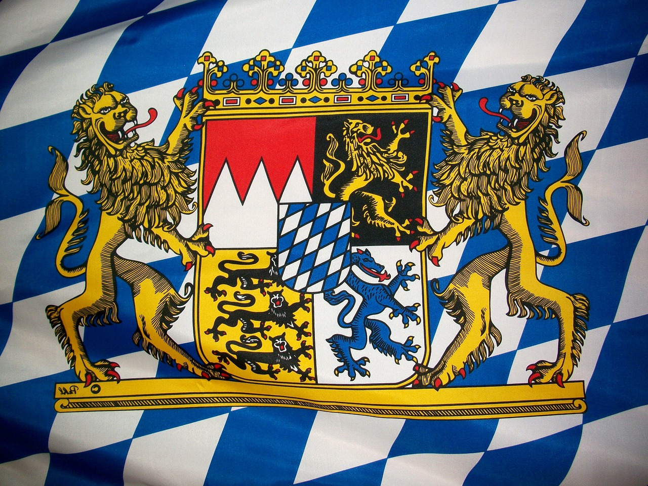 bavarian crest coat of arms free photo