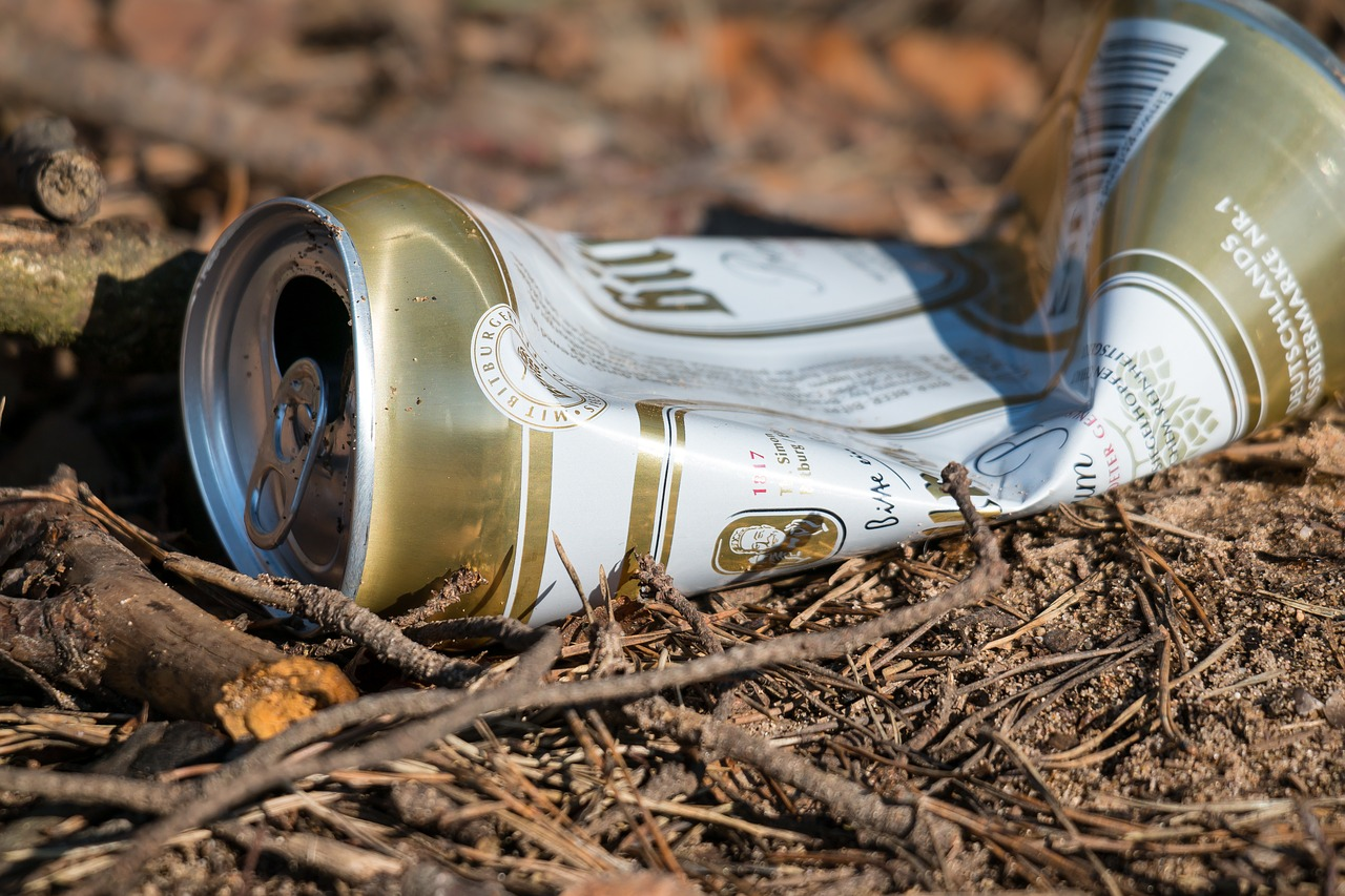 beer can garbage pollution free photo