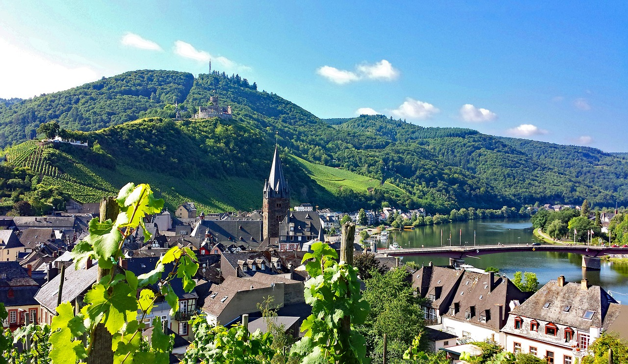 bernkastel cues mosel free photo