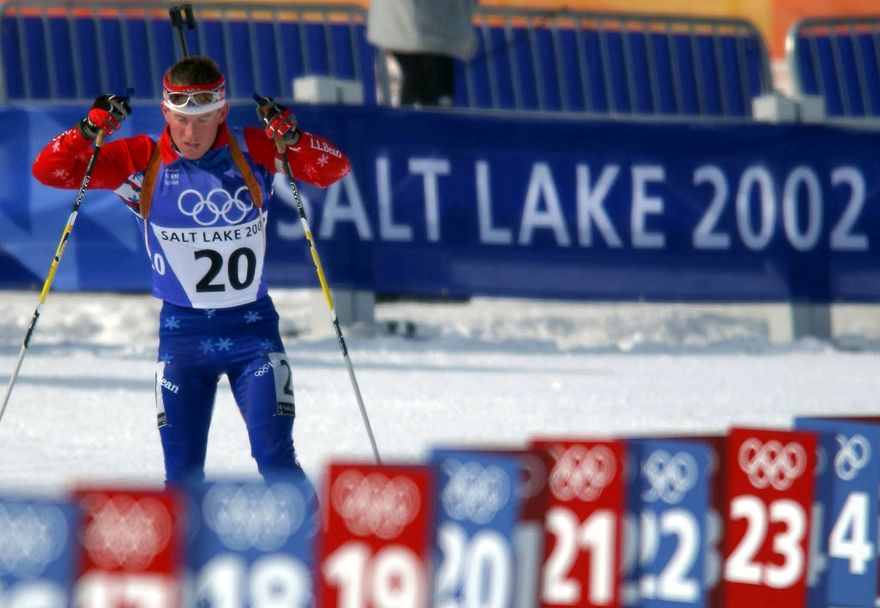 biathlon athlete olympics free photo