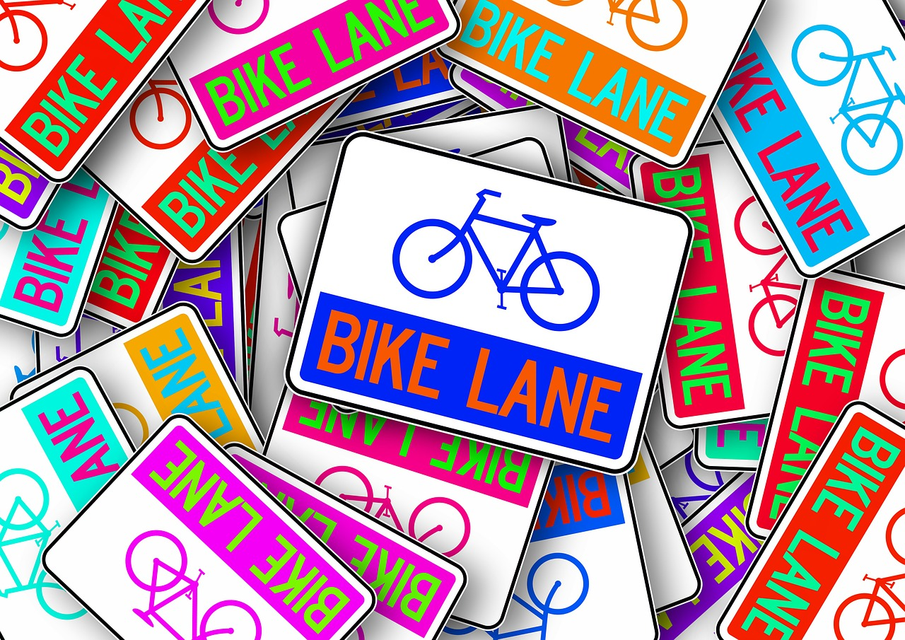 bike bicycle path shield free photo