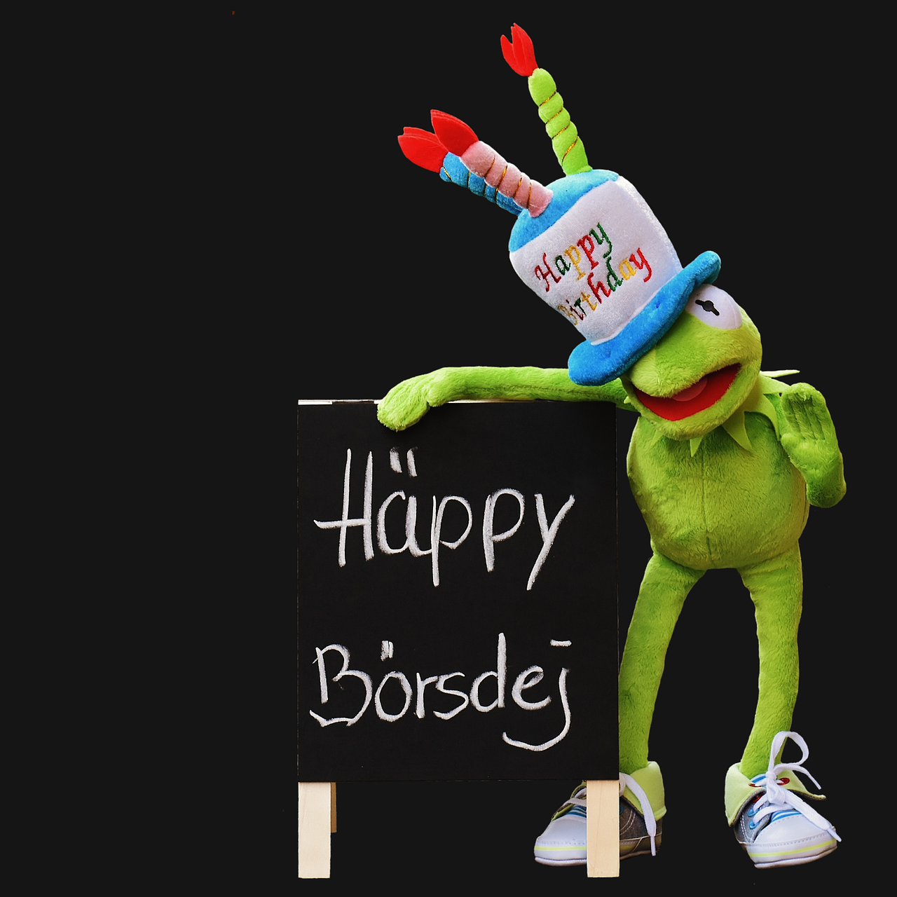 birthday,congratulations,kermit,frog,greeting card,joy,luck,happy,greeting,birthday wishes,happy birthday,birthday card,funny,wish congratulations,free pictures, free photos, free images, royalty free, free illustrations, public domain