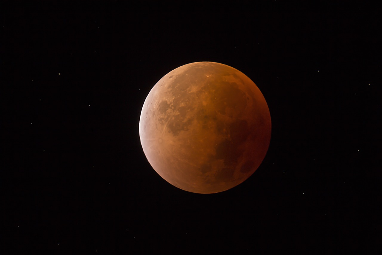 blood moon,moon darkness,moon,super moon,night sky,red moon,full moon,free pictures, free photos, free images, royalty free, free illustrations, public domain