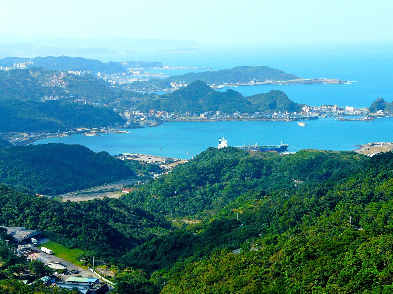 blue sea,mountain,sea,blue sky,beautiful scenery,jiufen,taipei,taiwan,free pictures, free photos, free images, royalty free, free illustrations, public domain