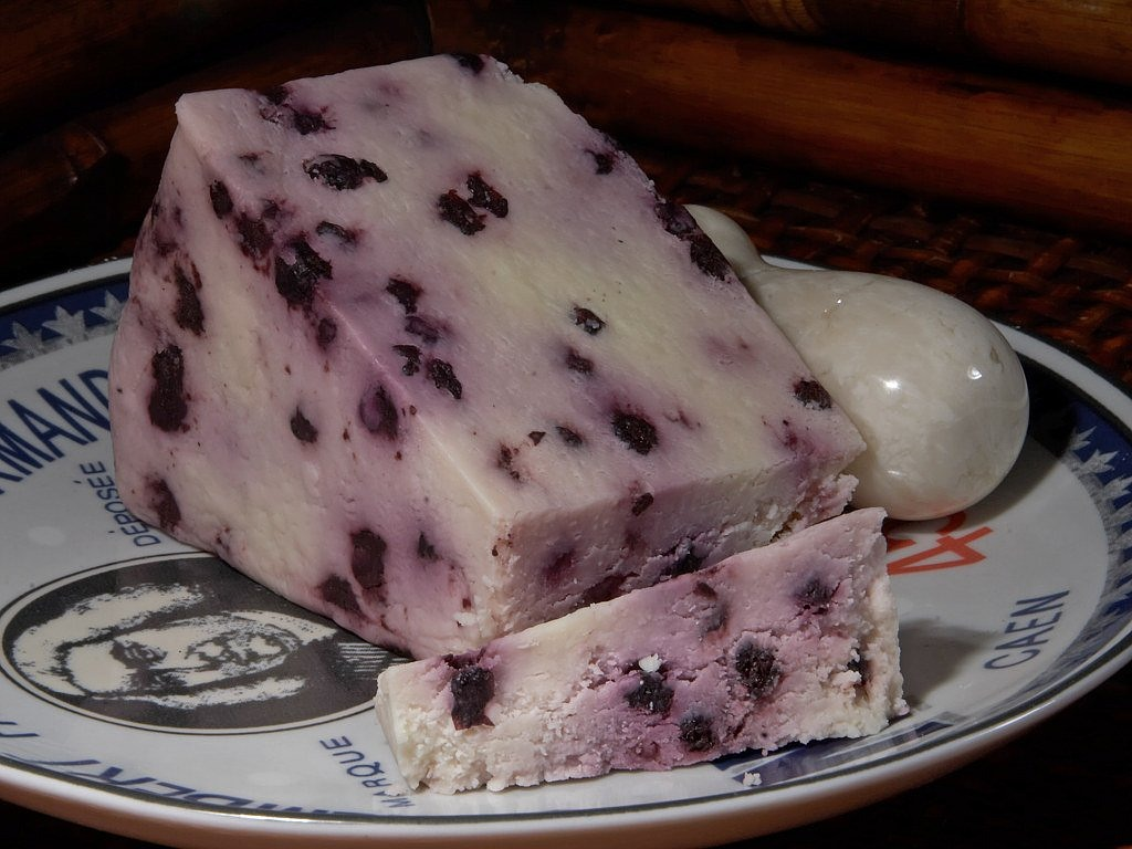 blueberry stilton cheese milk product food free photo