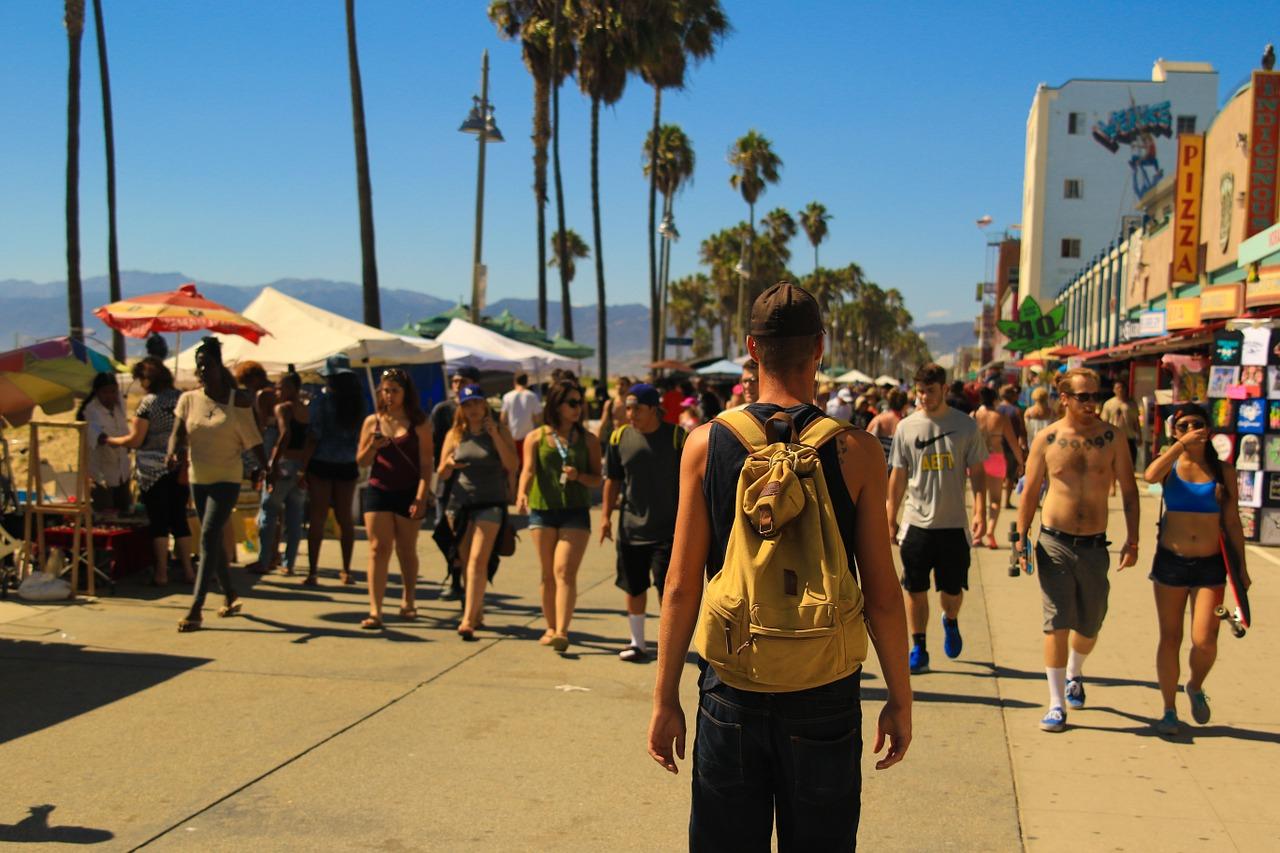 Download free photo of Boardwalk,crowd of people,people walking,beach  side,beachside - from needpix.com