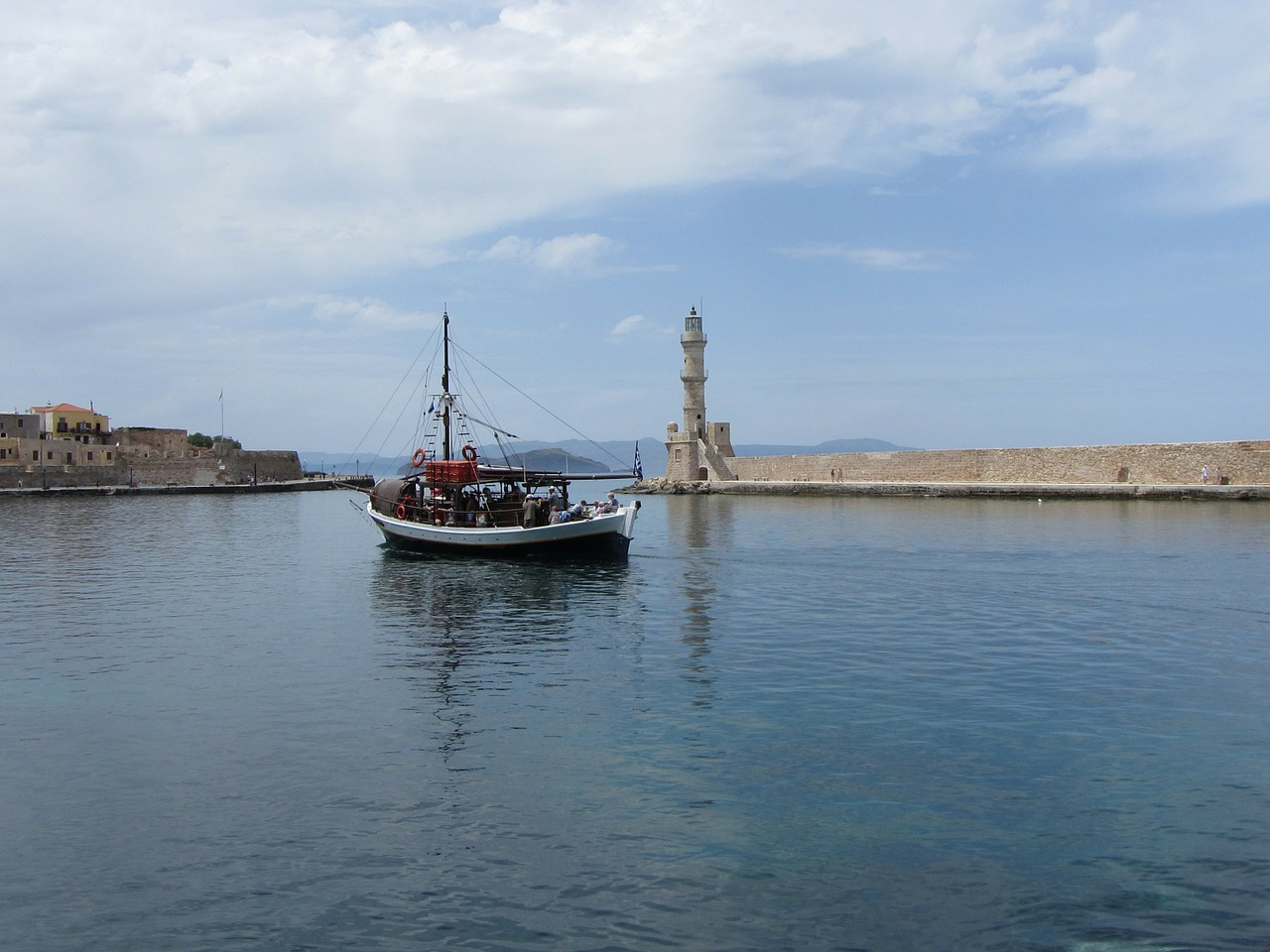 boat port the chania free photo