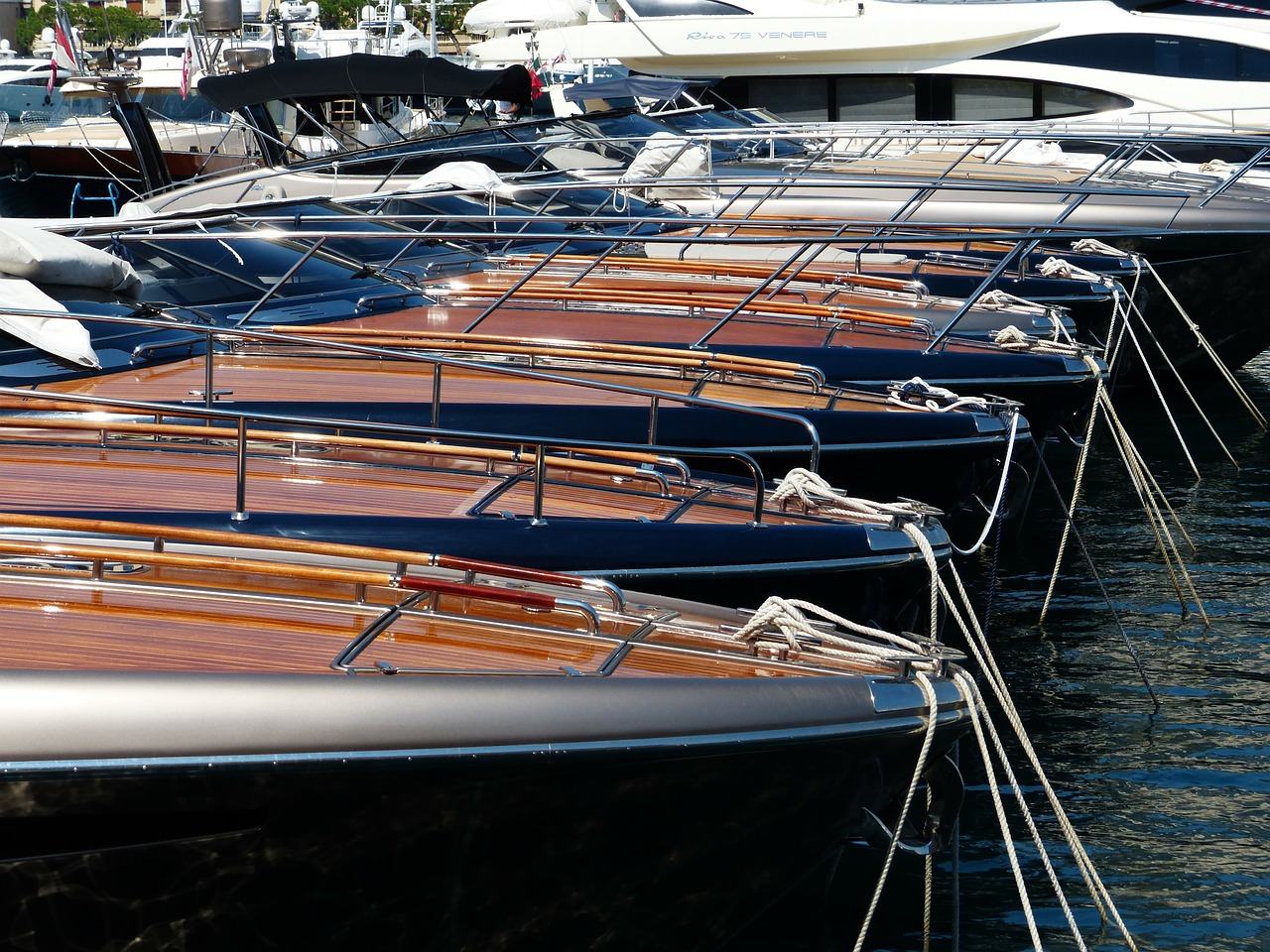 boats yachts anchorage free photo