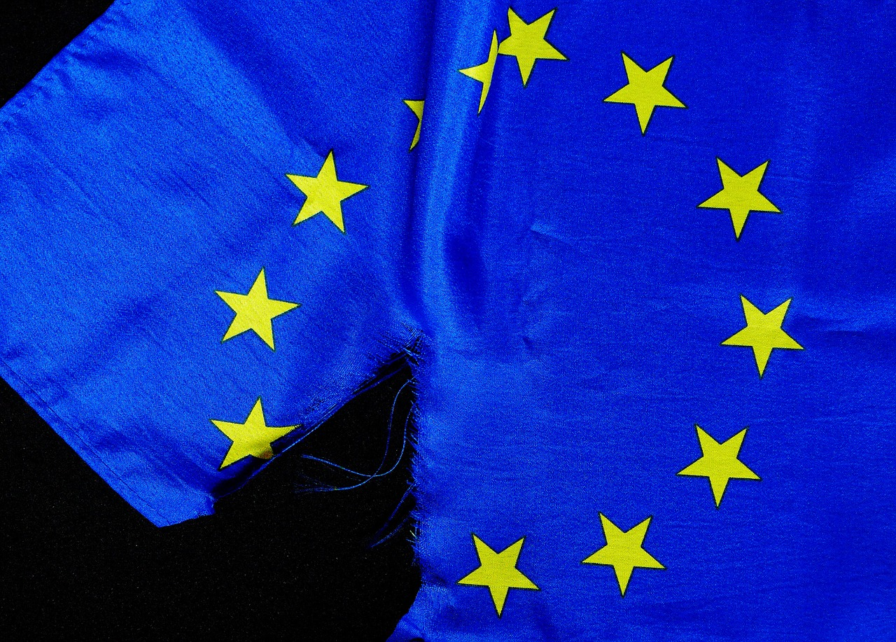 breaking point euro flag european union free photo