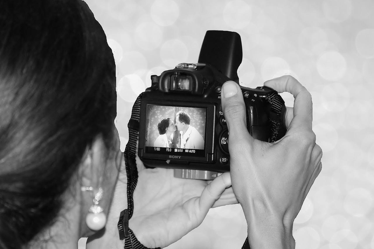 Bride and groom,wedding photographer,photographer,image,camera ...
