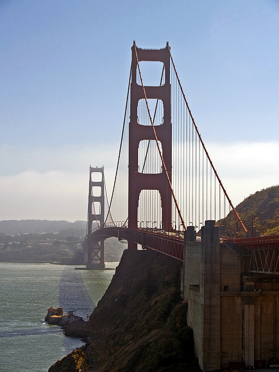 bridge,suspension,architecture,structure,cable,golden gate bridge,san francisco,california,usa,free pictures, free photos, free images, royalty free, free illustrations, public domain