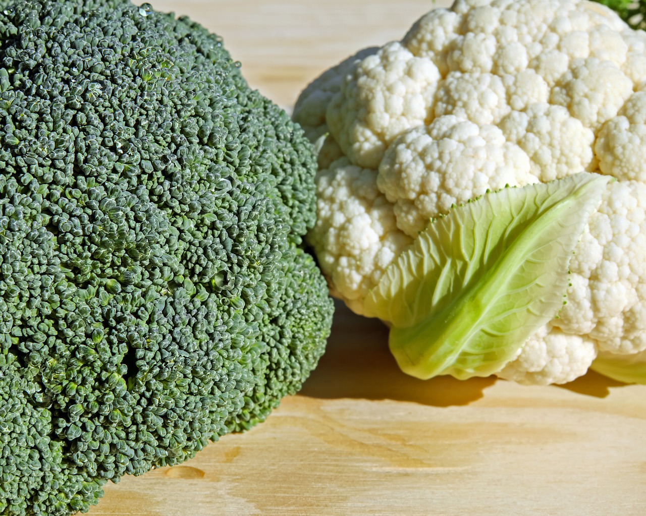broccoli cauliflower vegetables free photo