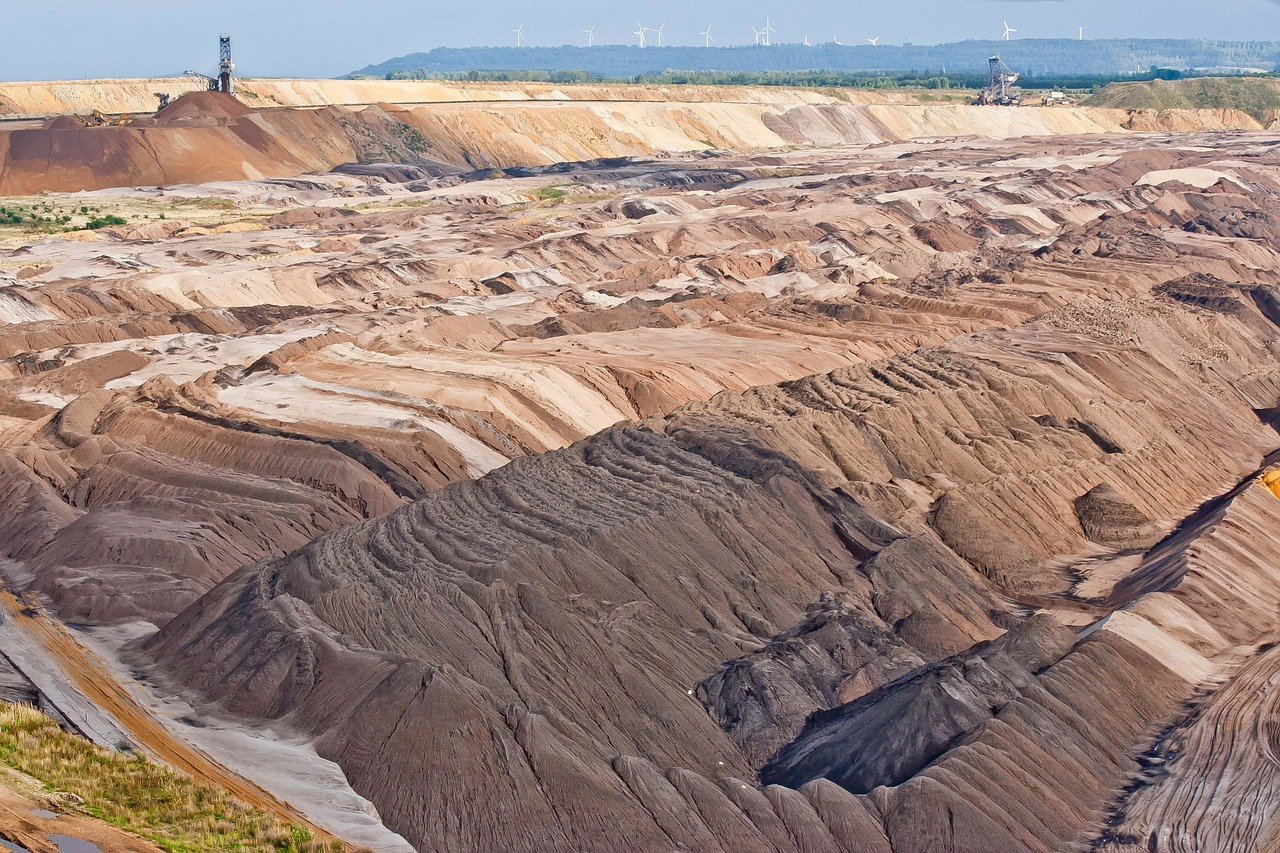 brown coal,energy,garzweiler,bucket wheel excavators,open pit mining,technology,industrial plant,industry,commodity,free pictures, free photos, free images, royalty free, free illustrations, public domain