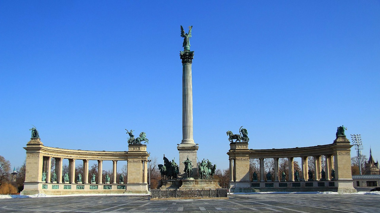 budapest heroes ' square sunlight free photo
