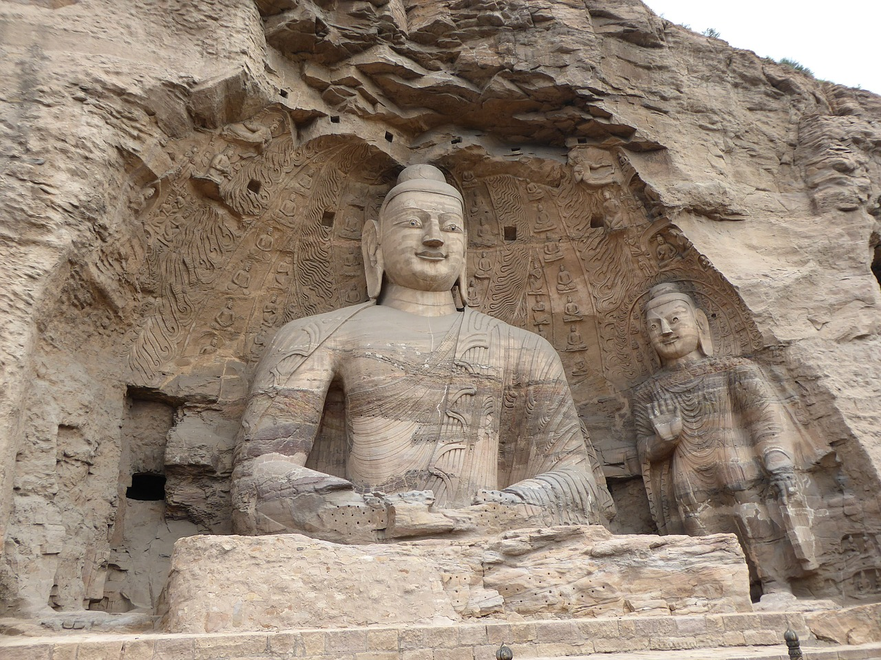 buddhism yungang grottos yungang caves free photo