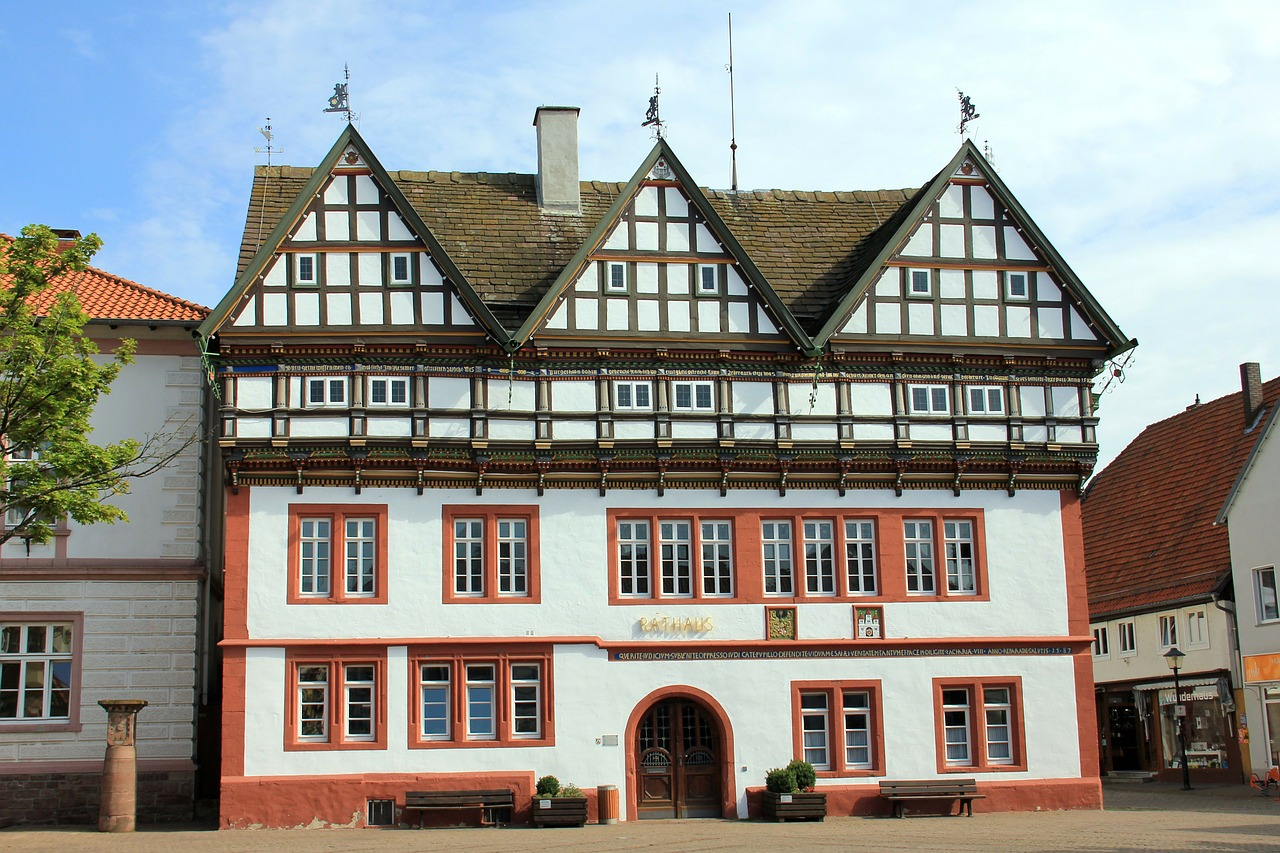 building,home,town hall,truss,facade,fachwerkhaus,blomberg,free pictures, free photos, free images, royalty free, free illustrations, public domain