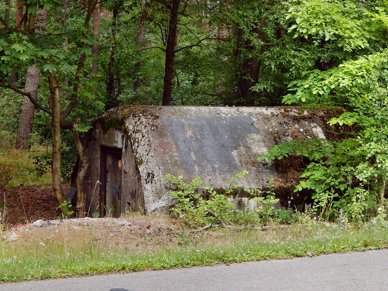 bunker defense fortification free photo