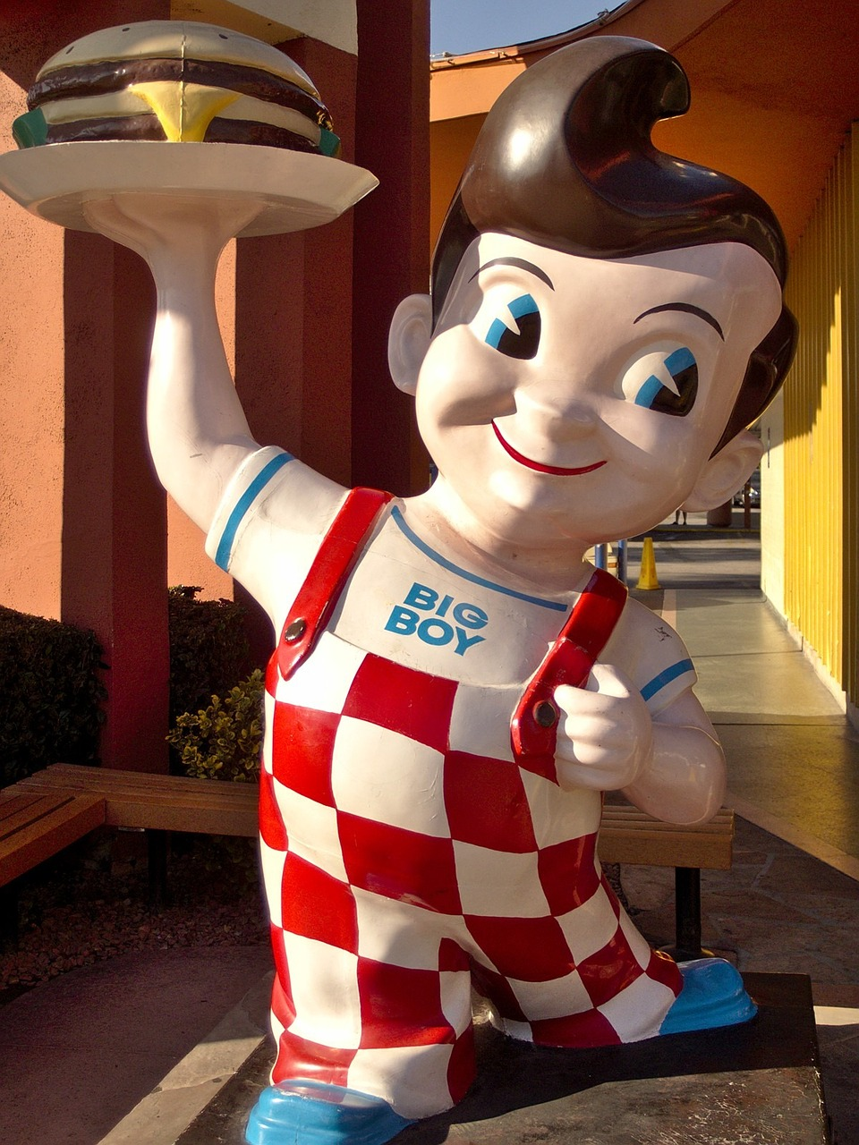 burbank california bob's big boy free photo