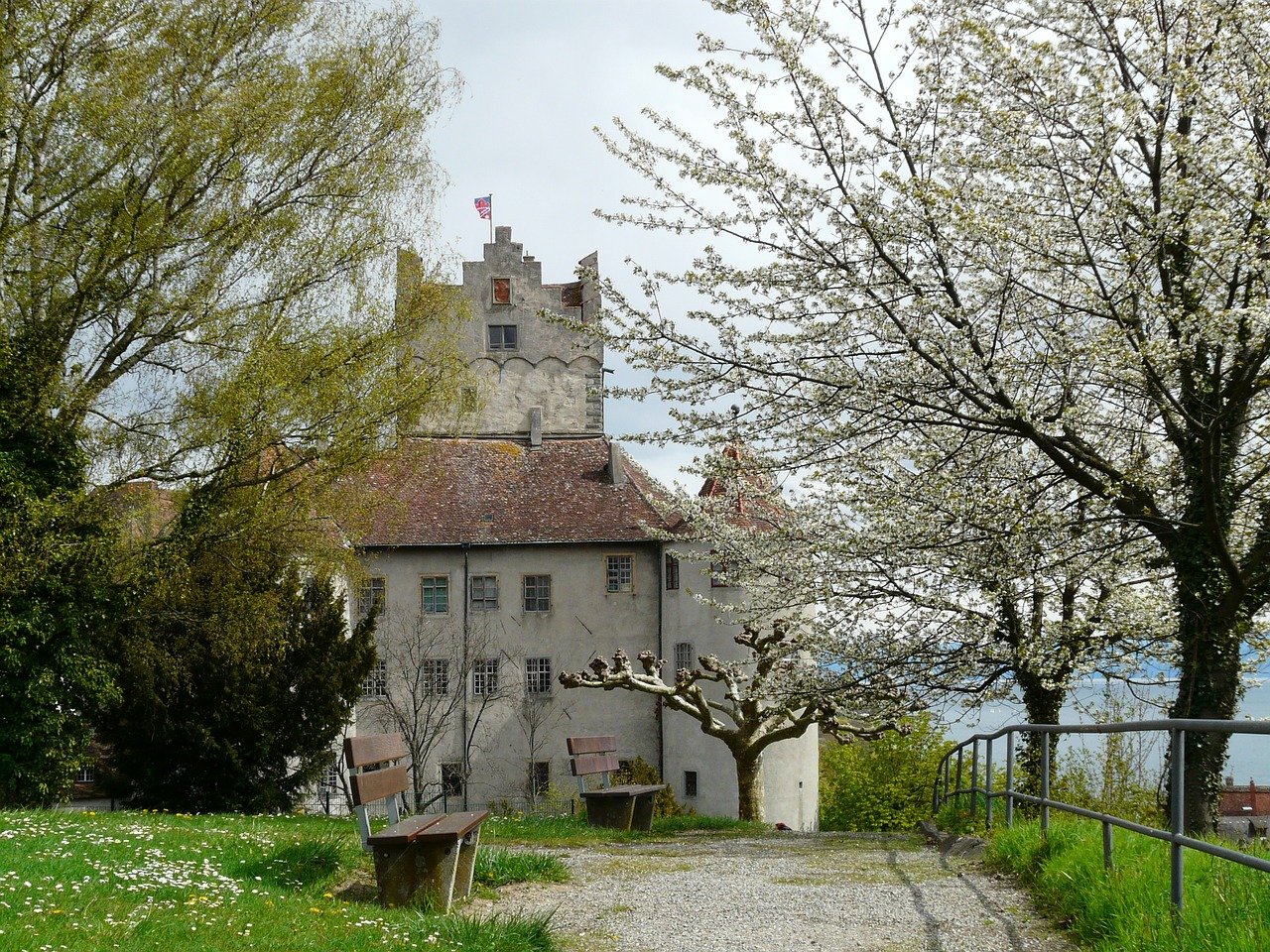 burg meersburg old castle elder free photo