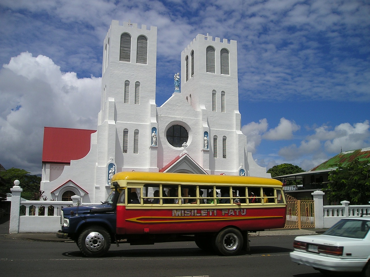 bus church samoa free photo