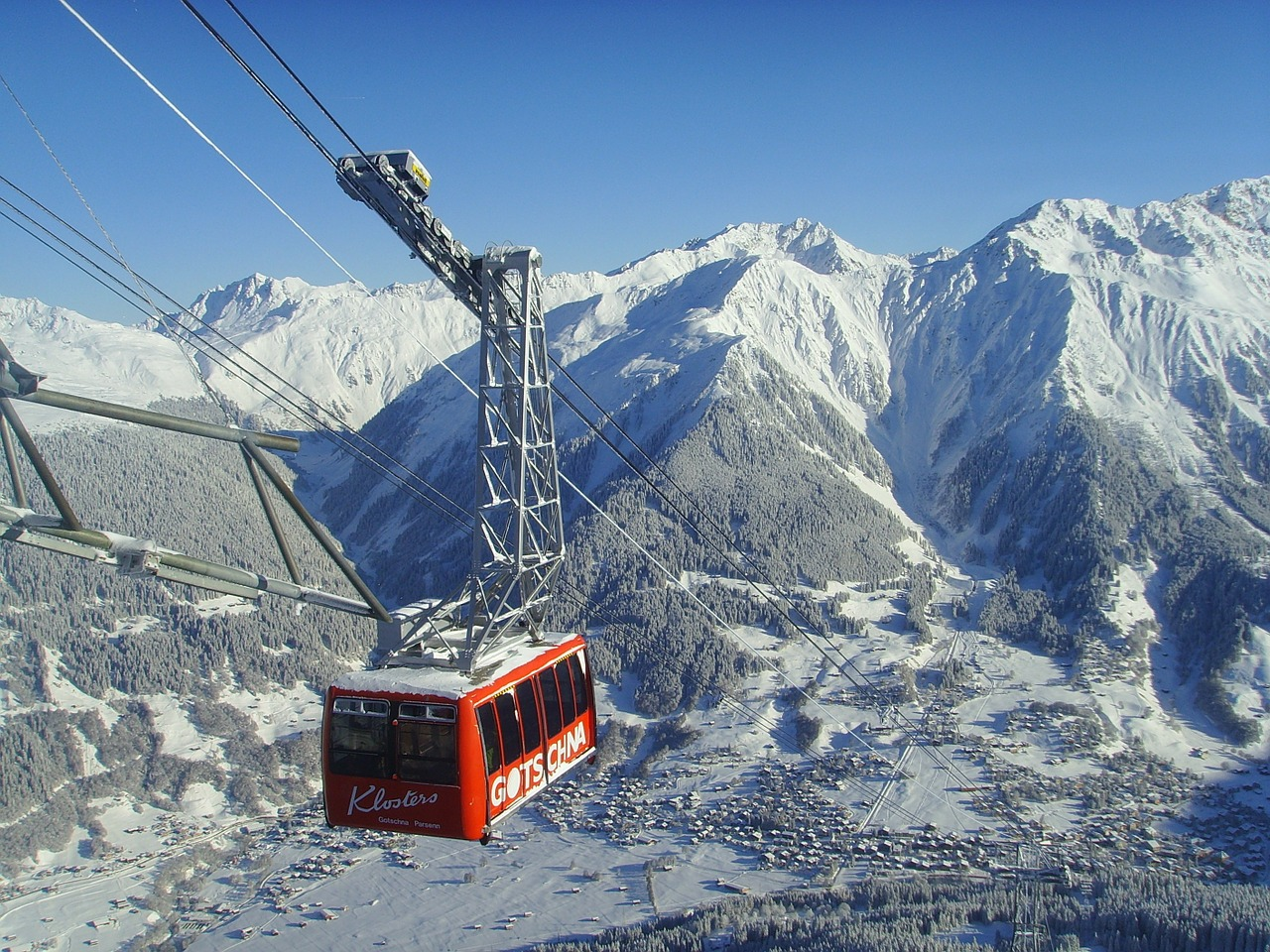 cable car mountain railway wintry free photo