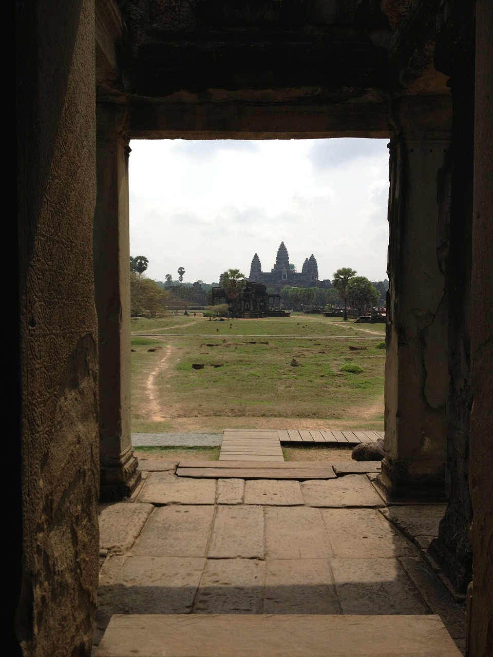 cambodia,angkor wat,asia,temple,door,free pictures, free photos, free images, royalty free, free illustrations, public domain