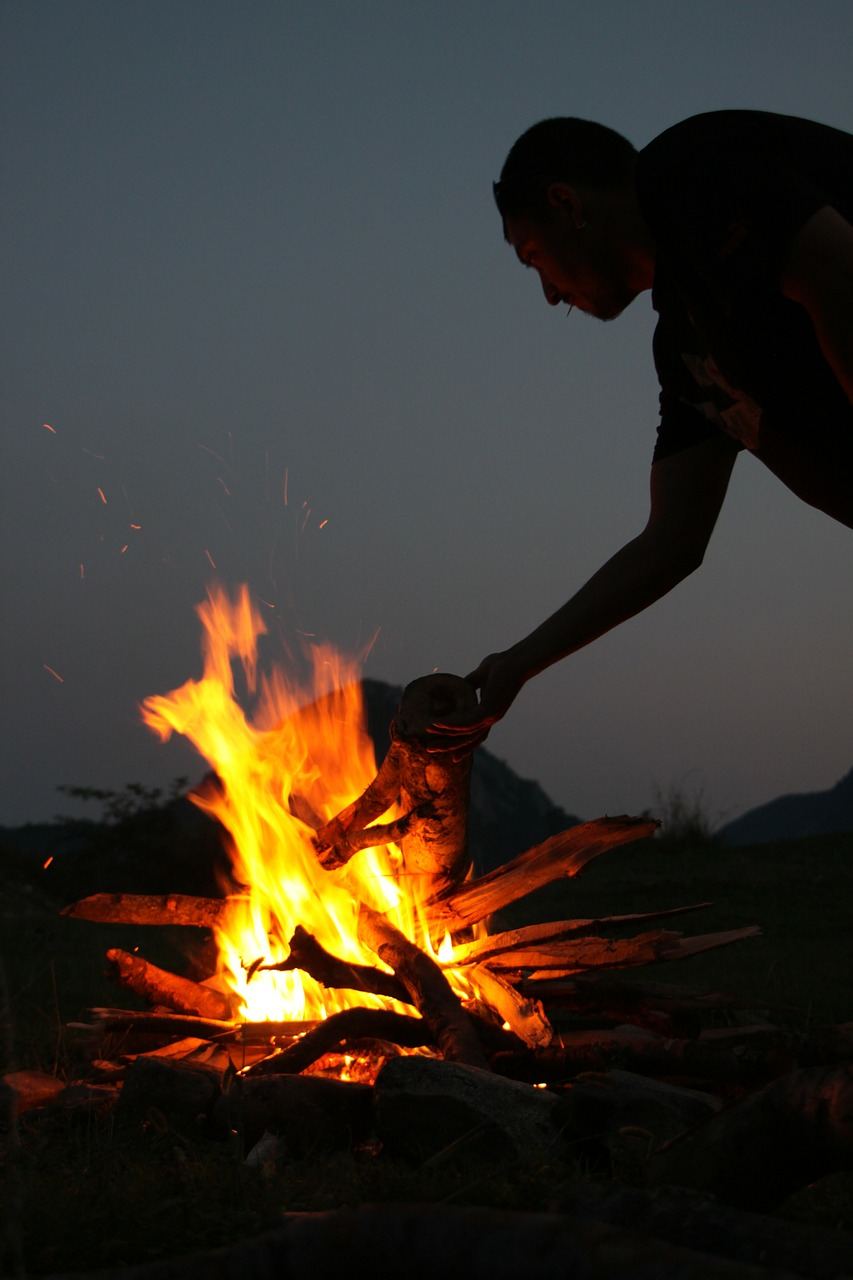 campfire fire hot free photo