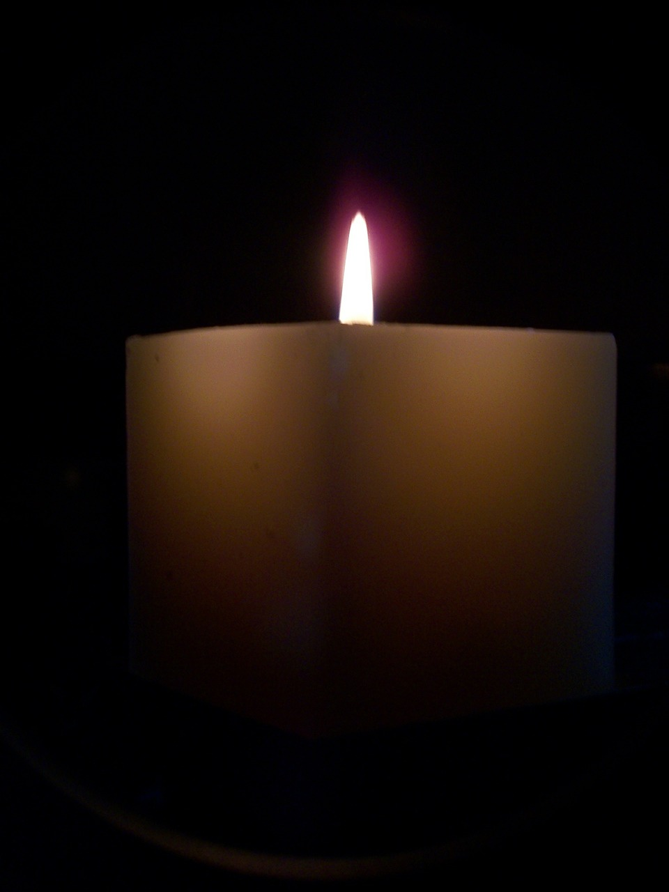 candle,dark,candlelight,free pictures, free photos, free images, royalty free, free illustrations, public domain