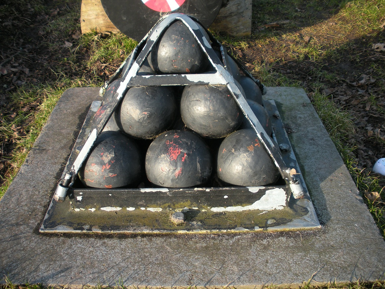 cannon balls old bolted free photo
