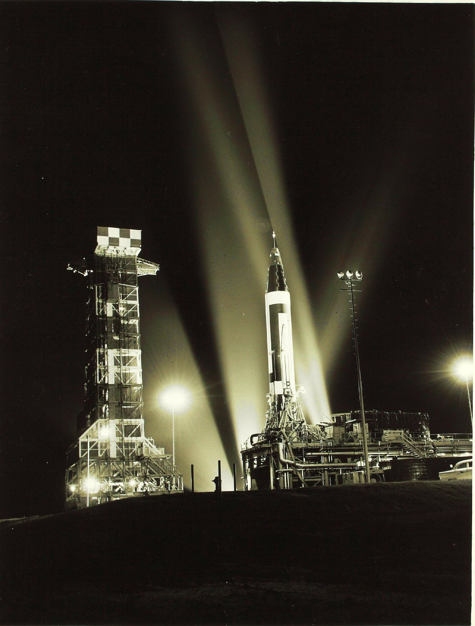 cape canaveral florida rocket free photo