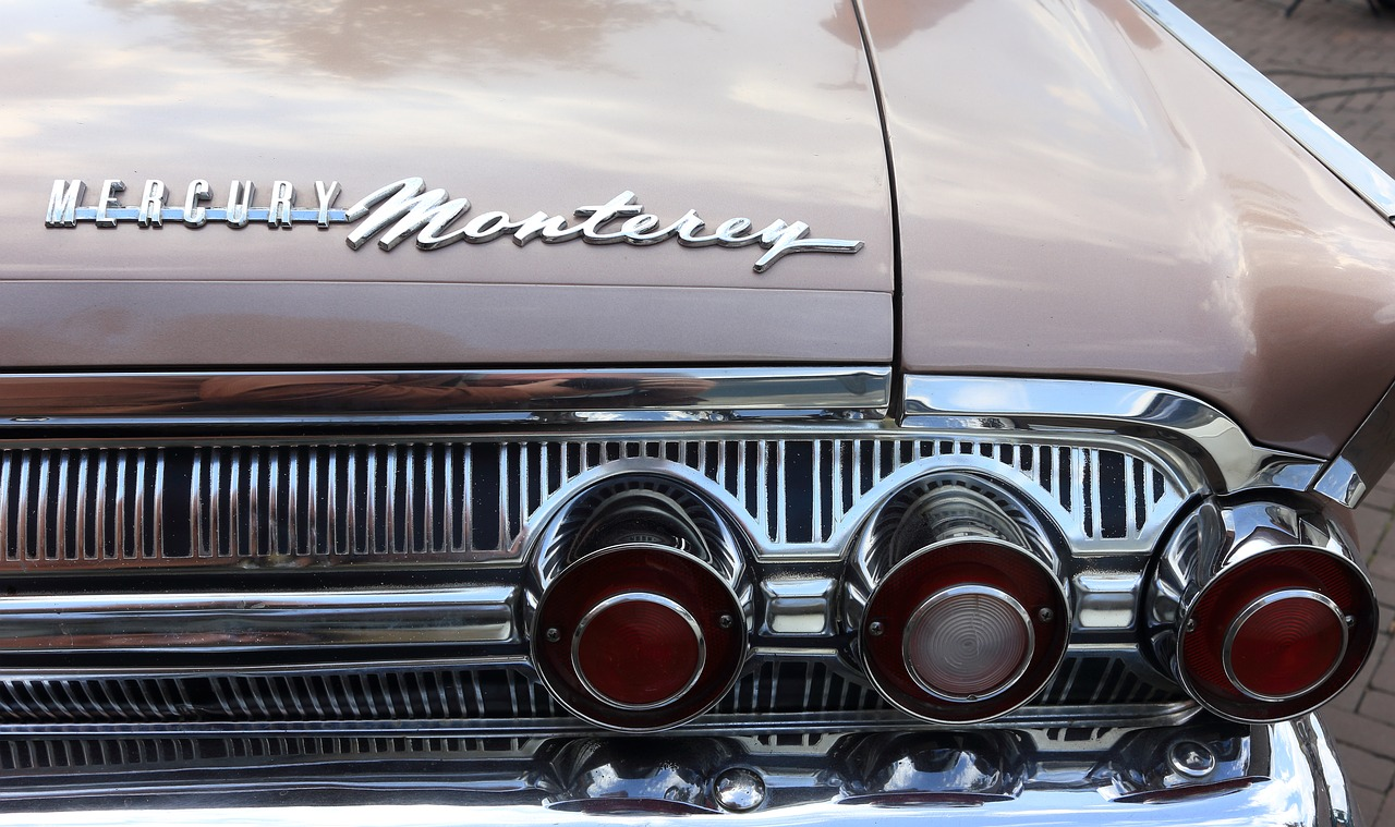 car,rear,lights,taillights,indicators,mercury,monterey,free pictures, free photos, free images, royalty free, free illustrations, public domain