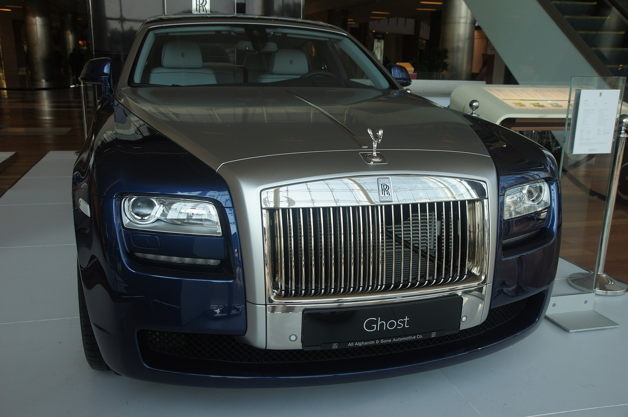 car rolls royce ghost free photo