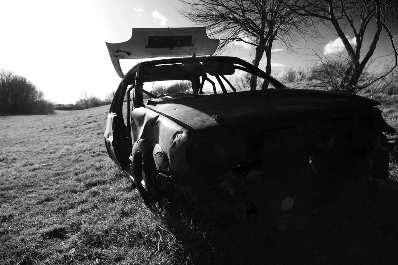 car,wreck,joyrider,dumped,burnt out,vehicle,thamesmead,london,destroyed,burned,abandoned,stolen,abandon,vandalised,wrecked,vandals,theft,free pictures, free photos, free images, royalty free, free illustrations, public domain