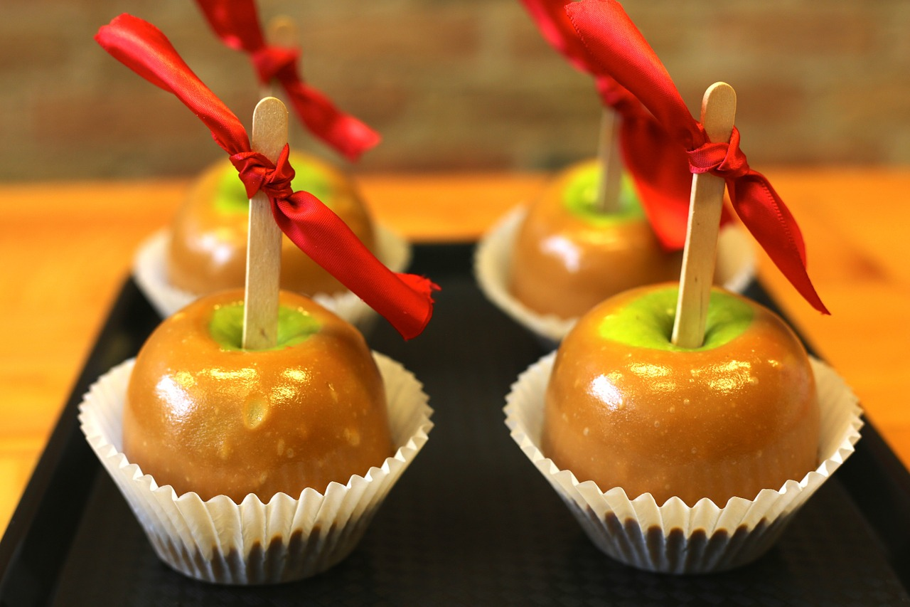 caramel apple candy free photo